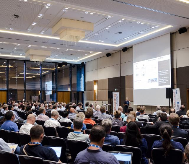 Publikum bei der SEMANTiCS 2018 (photo: Simon Rainsborough / Semantic Web Company)