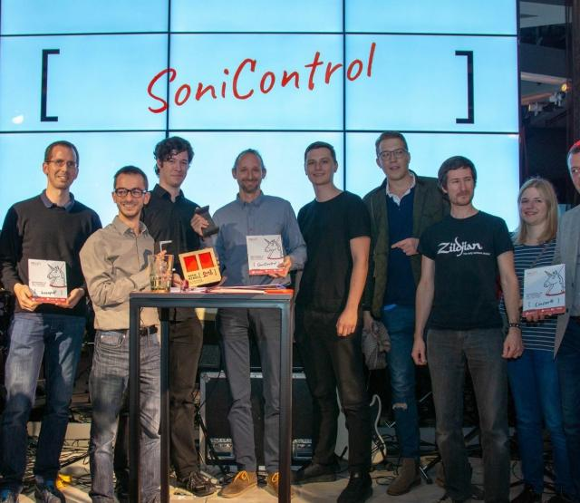 SoniControl team receiving the award - Fotocredit: CC BY-SA Drupal Austria